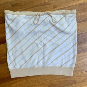 Gap stretch tube top
